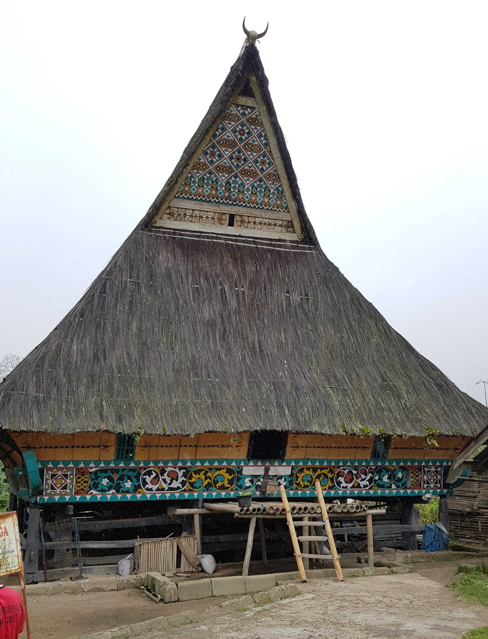 Lingga: Traditionelles Karo Batak-Haus