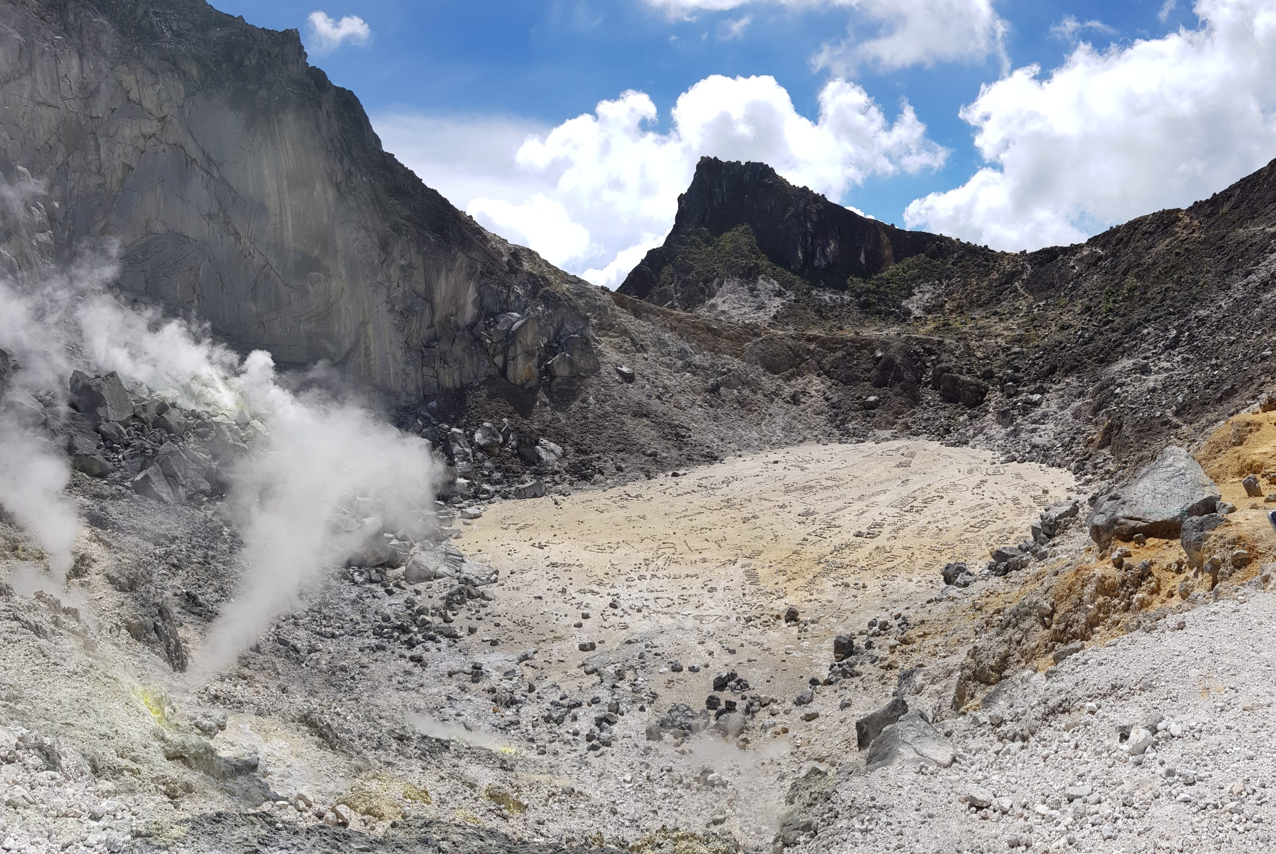 Vulkan-Trekking auf dem Gunung Sibayak
