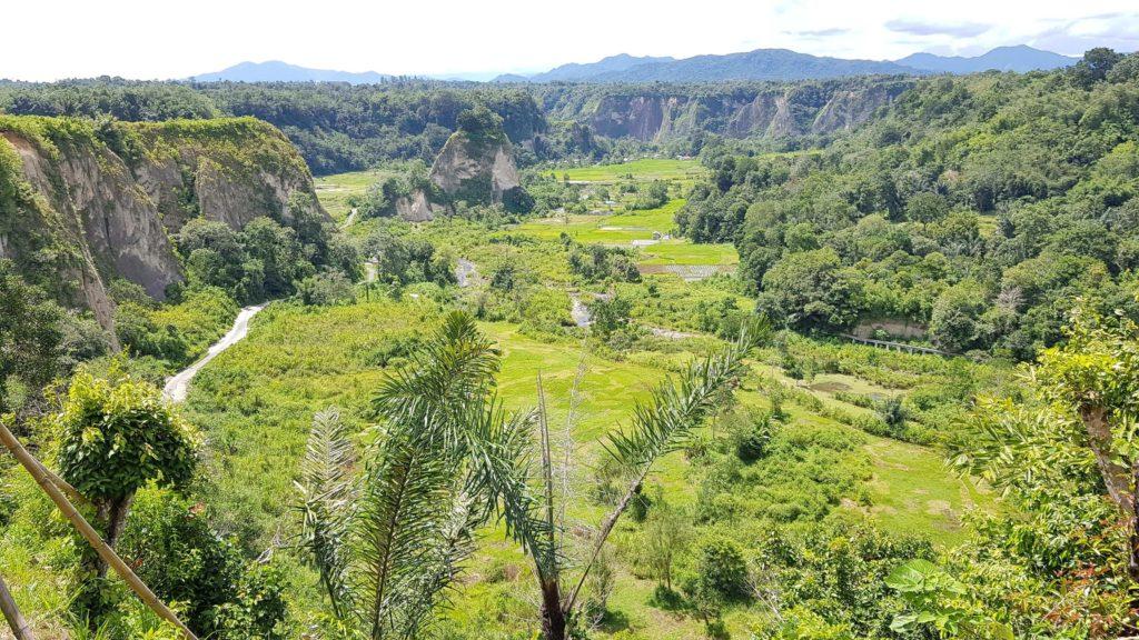 Bukittinggi: Ausblick über den Sianok Canyon