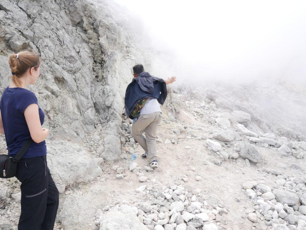 Vulkan Sibayak: Schwefeldampf