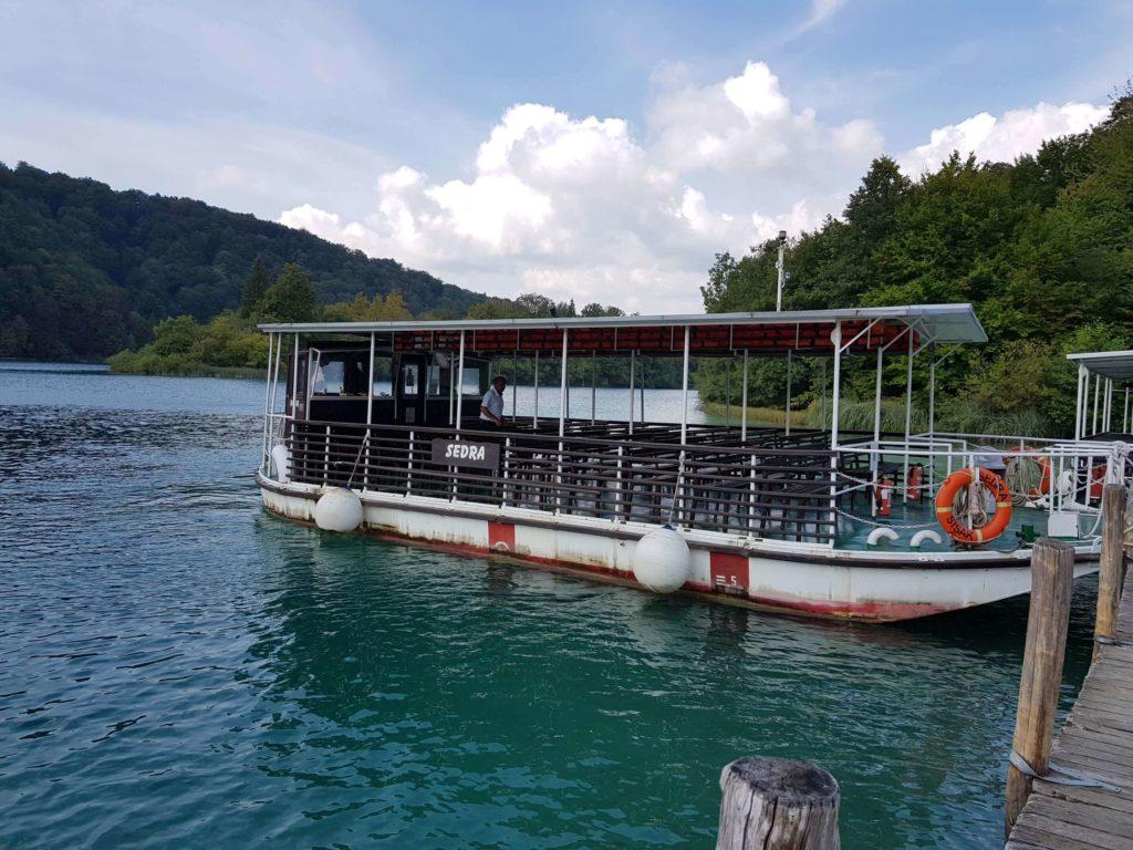 Elektroboot im Nationalpark Plitvicer Seen
