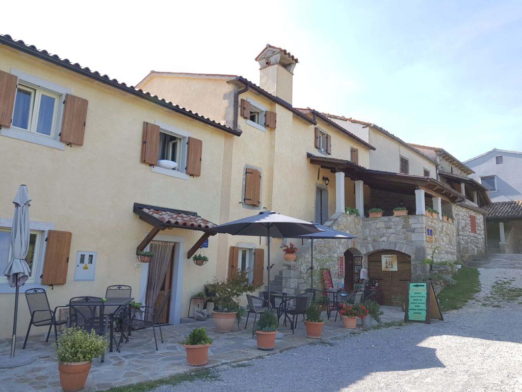 Istrische Spezialitäten in Hum Kroatien