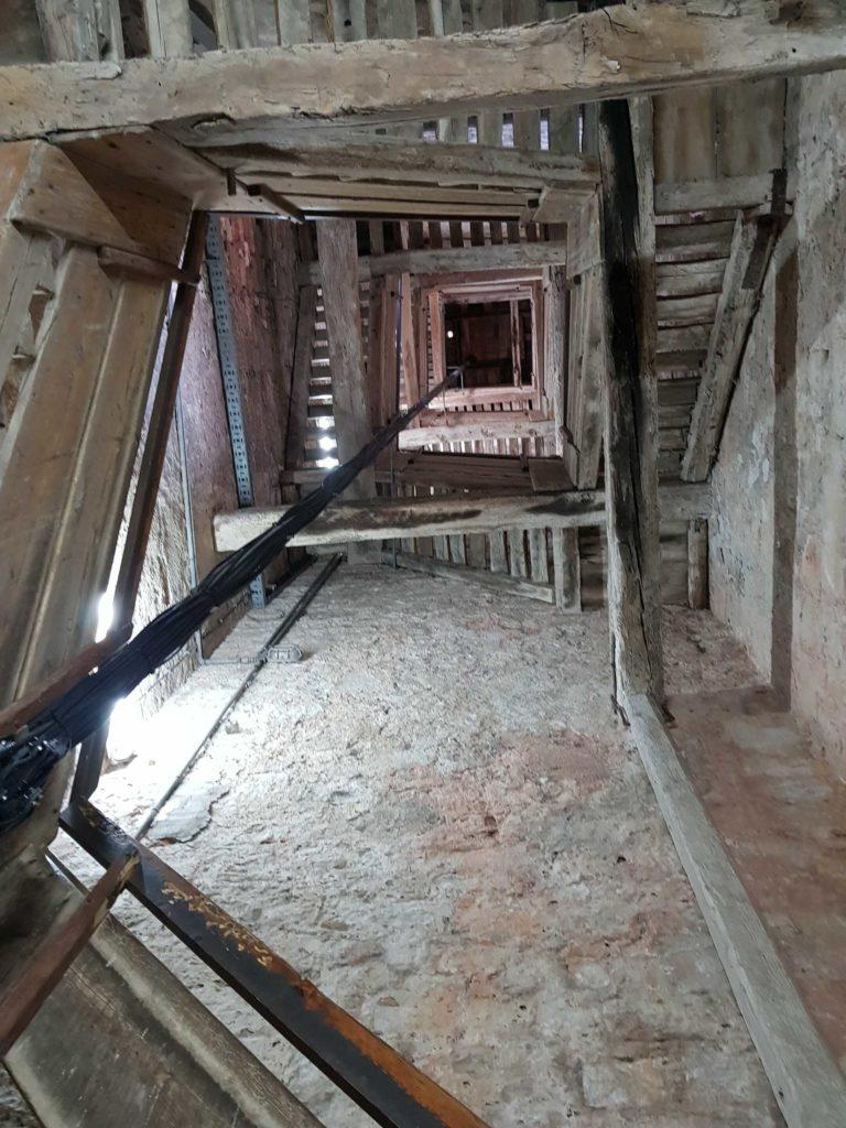 Kirchturm der Hl. Euphemia von innen